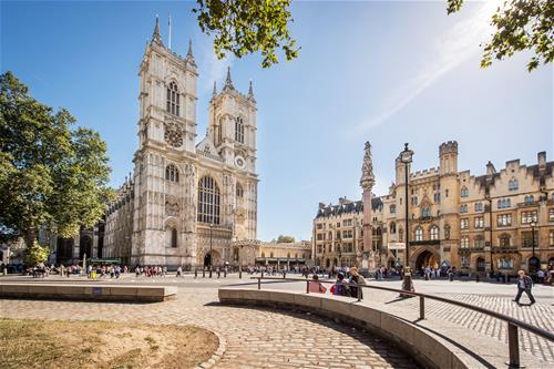 Westminster Abey - When a Nation Prays - iStock-637401820